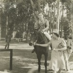 Alan-Thal-Cape-Hunt-Polo-Club-Race-at-Durbanville-South-Africa-1944-2-150x150